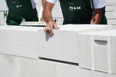 Jaki bloczek z betonu komórkowego H+H wybrać na swoją budowę?
