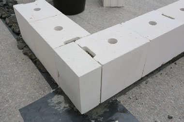 Jak dobrać odpowiednie bloczki silikatowe?